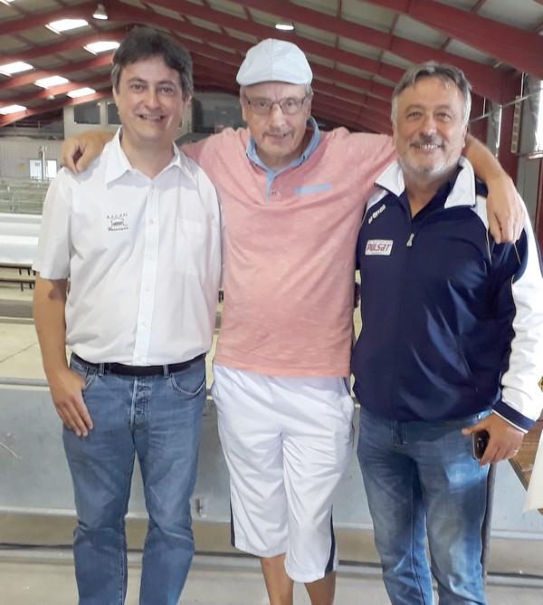 Une triplette présente à Réquista