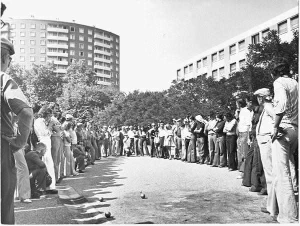galerie spectateurs 3 jours st-pierre pétanque années 1970