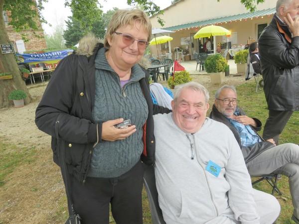 """Zoé et Jean-Pierre Roumat, en visiteurs avisés, de notre """"Pétank-Golf"""" 2018"""