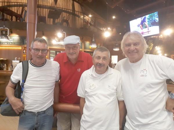 Rencontre des 4 vieilles canailles aéroport istanbul