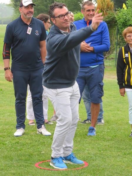Tir à la sautee du rugbyman JL Sadourny